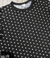 NWT Lularoe Size 3XL Black w Small White Skulls Women's Liv T-Shirt Top