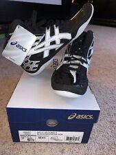 Mens Asics wrestling shoes size 6.5 Nib split second 9 black and white