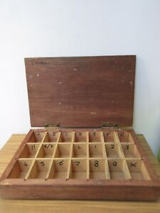 FANTASTIC WOODEN VINTAGE DISPLAY BOX PRINTING TRAY BOX.