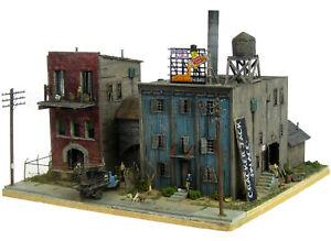 HO Custom Built Cracker Jack Palace Factory Lighted Scratch Building Diorama