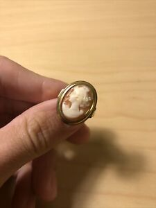 10K Gold Cameo Ring Vintage Raised