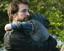 NOAH WYLE FALLING SKIES ER SIGNED 8X10 PICTURE 5