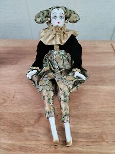 """Vintage porcelain 26"""" jester sitting Clown from Dynasty Doll Collection (I7)"""