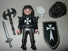16484, Ritter, Malteser, Kreuzritter, mit Helm, Doppelaxt, Schwert und Schild