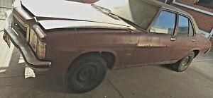 Holden HJ Kingswood Deluxe sedan 1975 HQ HX HZ