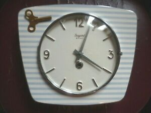 Pendulum Kitchen 8 Days IN Key Bayard Ceramic White Stripe Sky Blue