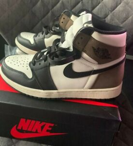 Air Jordan 1 Retro High OG Dark Mocha 555088 105 size 8.5 / euro 42 / cm 26.5