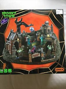 lemax spooky town Graveyard Party #94488 2019