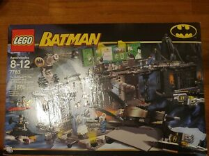 LEGO Batman 7783 The Batcave The Penguin and Mr. Freeze's Invasion New Sealed