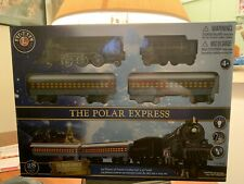 Lionel 7-11925 The Polar Express Battery Operated Train Set 28 Pieces Nib