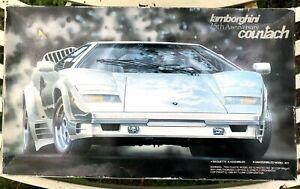 Fujimi 1/24 Lamborghini Countach 25th Anniversary