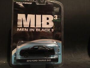 GREENLIGHT HOLLYWOOD SERIES 4 MEN IN BLACK 2012 FORD TAURUS SHO HP MOVIE CAR