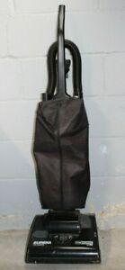 "Vintage Eureka ""The Boss"" Upright Bagged Vacuum Model #7605 Type A"