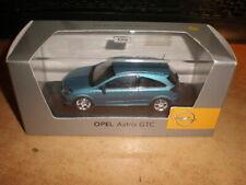 Minichamps 1:43 Opel Astra GTC  Spiegel R fehlt !!   (01/020)