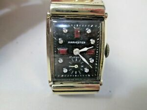 Vintage Harvester Gold Filled Running Men's Watch 17 Jewels