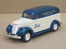 "Chevrolet Delivery Van ""Nürnberg Toy Fair 1994"" grün/creme, OVP, ERTL, 13 cm"