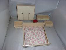 Alte Möbel-Schlafzimmer-Puppenstube-Puppenhaus-Kaufladen-1:12
