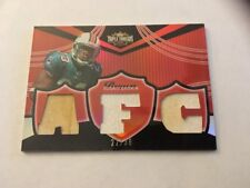 2006 Topps Triple Threads Relic Gold Football Card #TTR38 Ronnie Brown 22/36