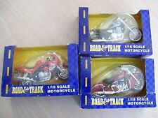 3 MAISTO  ROAD & TRACK SERIES 1:18 SCALE (1)INDIAN (2) TRIUMPH MOTORCYCLE
