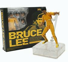 BRUCE LEE CLASSIC 15 CM- FIGURE YELLOW TRACK SUIT 75TH ANNIVERSARY SHF FIGUARTS