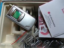Telefono cellulare LG G7020