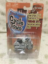 Harley Davidson CYCLE TOWN Fatboy Toy Motorcycle White/Gray NEW NIP 2006 Maisto