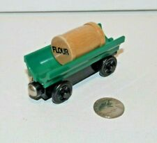 Thomas & Friends Wooden Railway Train Tank Engine Toby's Green Flour Barrel Car