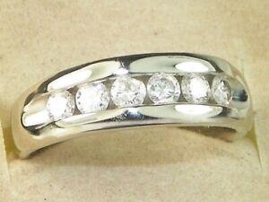 Men's 14k White Gold Diamond-.72 tcw Band Fine Ring-Size 9.25