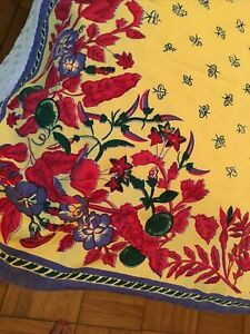 WILLIAMS SONOMA TABLECLOTH 70 X 108 FRENCH PROVENCE Yellow  Red & Blue