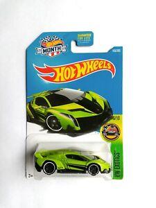 2017 Hot Wheels GREEN Lamborghini Veneno