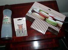 MACAROON AND CUPCAKE BAKING SET -  SILICONE MAT, CUPCAKE PEN AND CORER