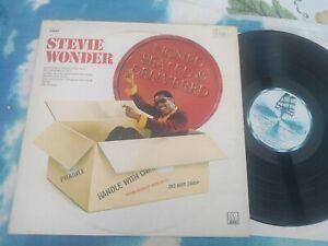 Stevie Wonder – Signed Sealed & Delivered : Motown 2C 066 91797 FRANCE Vinyl LP