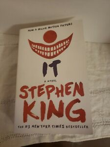 IT : A NOVEL by Stephen King (Paperback, 2016) NOVEL BOOK MADE INTO MOVIE