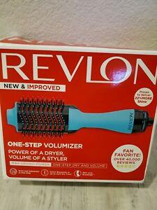 Revlon RVDR5222MNT 1100W Hair Dryer and Volumizer Hot Air Brush - Mint MSRP $42