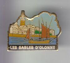 RARE PINS PIN'S .. TOURISME VENDEE BATEAU VOILE PORT LES SABLES D' OLONNE 85 ~DK