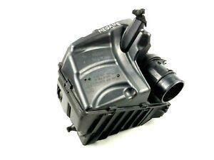Renault Megane MK3 Engine Air Intake Air Filter Box Housing Unit 8200947663