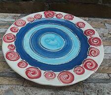 Teller aus Keramik mit Blumenmuster