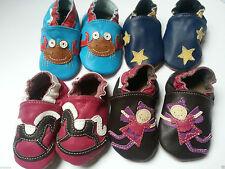 Baby-Schuhe aus Leder als Slipper