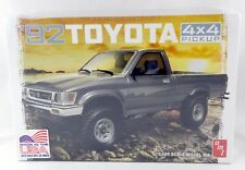 1:20 Scale 1992 Toyota 4x4 Pickup Model Kit (Skill 2) - AMT #1082/12