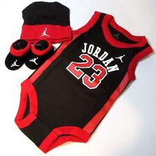 Baby-Bekleidungspakete für Jungen