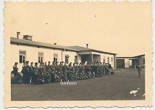 Foto Musikkorps-Luftwaffe  mit  vollem Gepäck  2.WK  (D288)