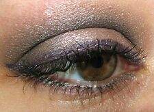 Discontinued MAC CIRCA PLUM PIGMENT Very Rare DAPHNE GUINNESS COLLECTION Plum