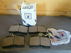 1902292 BP687 Front Brake Pads FITS: Iveco Daily 35 40 1986-1989