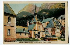 CPA 38 Isère Monastère Grande Chartreuse Porte d'Entrée et Cour d'Honneur
