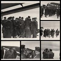 Serie: Deutsche Generäle landen mit der Ju 52. 6 Orig-Photos, um 1940