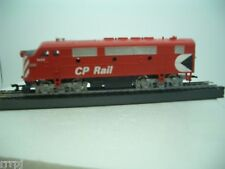 HO TRAIN IHC CANADIAN PACIFIC LOCO  F-3 A  CP WITH  KNUCKLE COUPLER METAL CHASS