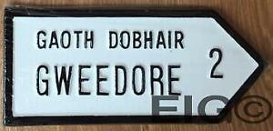 """Gweedore Old Style Handpainted CAST Irish ROAD SIGN 10.25"""" x 4.5"""" inch"""