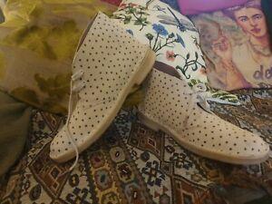 Clarks Original Desert Boots Uk 7 Eu 41 Sand Cream Grey Spot Suede