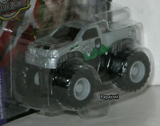 Muscle Machines Wolf Man Monster Truck Ford Custom 4X4 Pickup 1:72