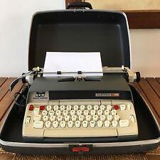SMITH CORONA Electra 120 Electric Blue SCM Typewriter + Hard Case, Smith-Corona